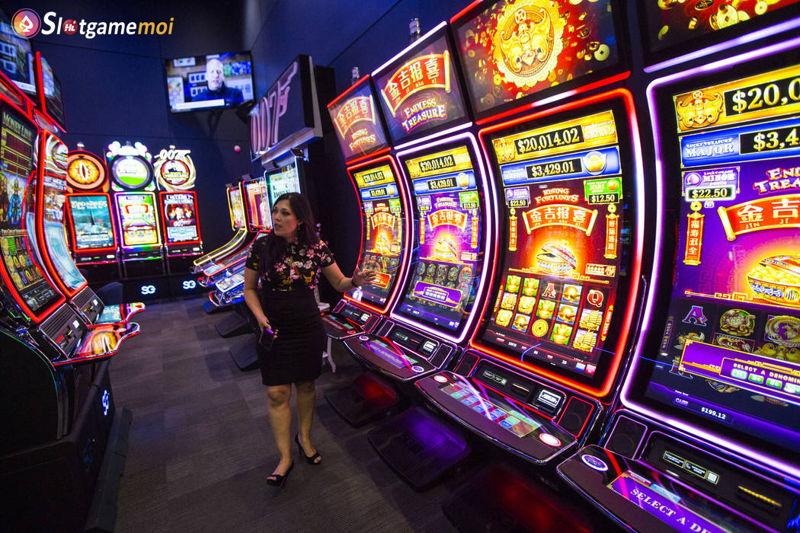máy quay slot game trong casino